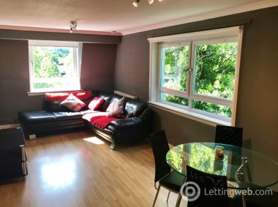Property to rent in Robshill Court, Newton Mearns