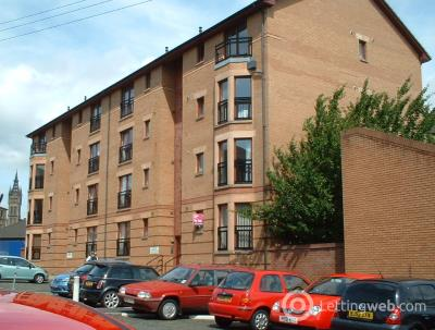 Property to rent in Lymburn Street