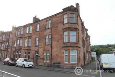 Property to rent in Gladstone Avenue, Barrhead