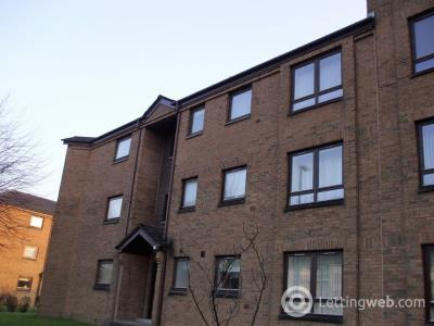 Property to rent in Castle Gait Paisley