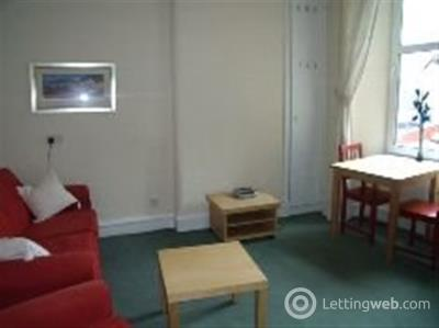 Property to rent in Neilston Road Paisley