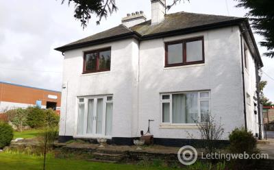 Property to rent in North Tay House