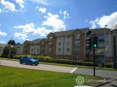 Property to rent in Gullion Park East Kilbride