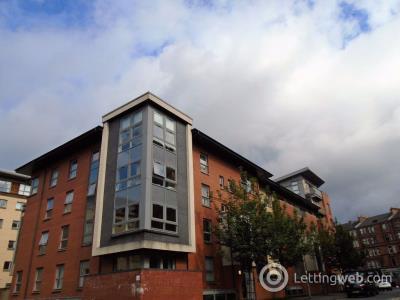 Property to rent in Partickbridge Street