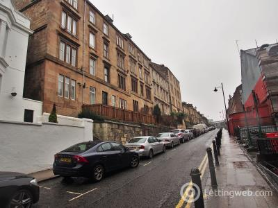 Property to rent in 296 Renfrew Street Charing Cross