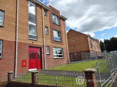 Property to rent in 1 Dalveen Street