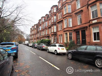 Property to rent in 6 Niddrie Square Queens Park