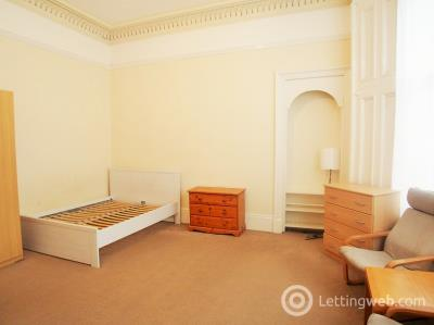 Property to rent in 191 Albert Drive South Side Glasgow Rm 3