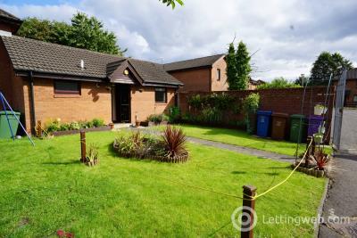Property to rent in 23 Elderpark Grove