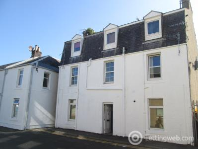 Property to rent in FLAT D 14, LADE STREET, LARGS, KA30 8AZ