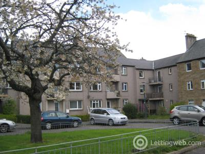 Property to rent in Maxton Court, Dalkeith