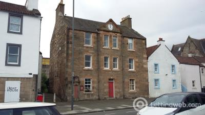 Property to rent in Pier Place