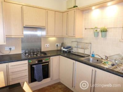 Property to rent in Crown Street, Aberdeen