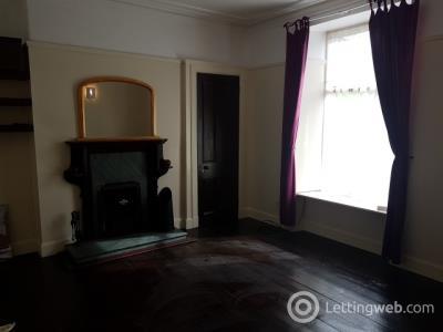 Property to rent in Erskine Street, Aberdeen