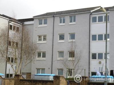 Property to rent in Barrhead East Renfrewshire fully refurbished modern two bedroom flat