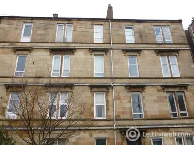 Property to rent in Beautifully Presented two bedroom second floor flat in Dennistoun Glasgow East Central