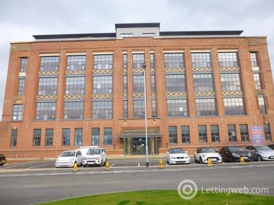 Property to rent in Inverlair Avenue