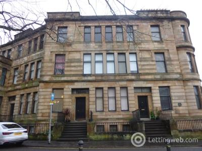 Property to rent in Spacious one bedroom furnished second floor flat in Glasgow South Side