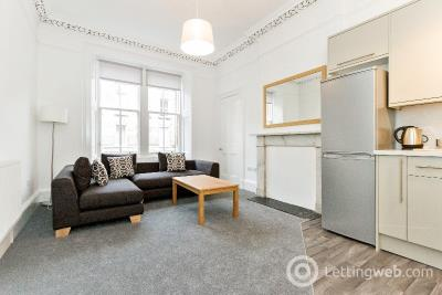 Property to rent in Montague Street, Newington, Edinburgh, EH8 9QX