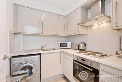 Property to rent in Brougham Place, Tollcross, Edinburgh, EH3 9JU