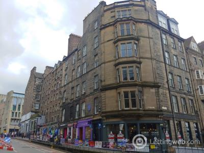 Property to rent in Bank Street, Old Town, Edinburgh, EH1 2LN