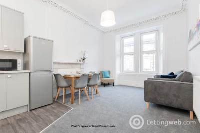 Property to rent in Savile Place, Newington, Edinburgh, EH9 3EB