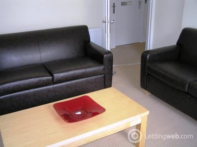 Property to rent in Leith Walk, Leith, Edinburgh, EH6 8NY
