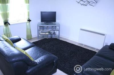 Property to rent in 61 Picardy Court Rose Street