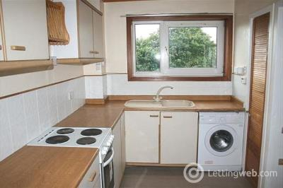 Property to rent in 23 Ramsay Crescent