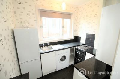 Property to rent in 138 School Drive