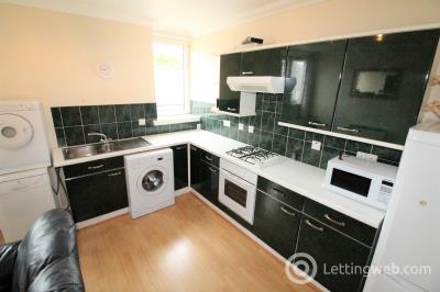 Property to rent in 49 Ashvale Place