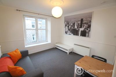 Property to rent in 21E Baker Street, Aberdeen