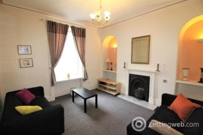 Property to rent in 166 Crown Street