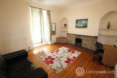 Property to rent in 15 Roslin Street GFL