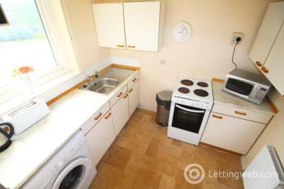 Property to rent in 50 Stockethill Crescent