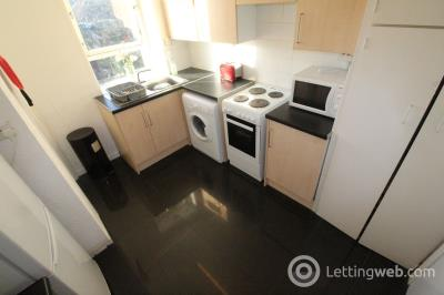 Property to rent in 31C Bedford Avenue, Aberdeen