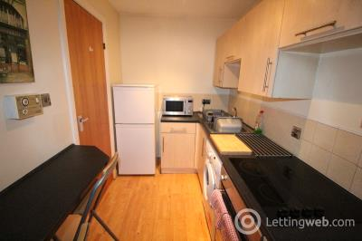 Property to rent in 6 Picardy Court, Rose Street