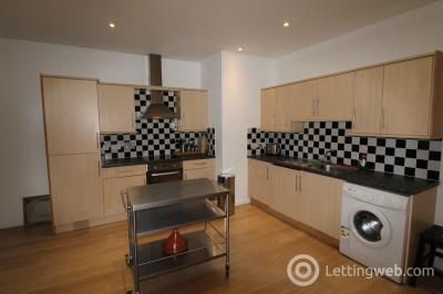 Property to rent in 49 John Street, Aberdeen