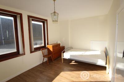 Property to rent in 73 Regent Walk, Aberdeen