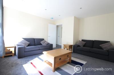 Property to rent in 27 Linksfield Gardens