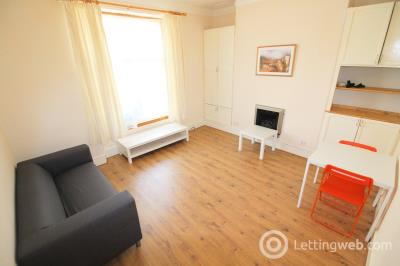 Property to rent in 19 Wallfield Place, Aberdeen