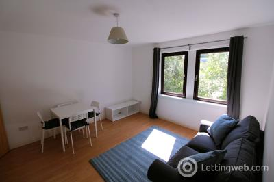 Property to rent in 11E Sunnybank Place