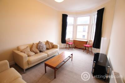 Property to rent in Garrioch Crescent, Glasgow