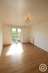 Property to rent in Saucel Crescent, Paisley