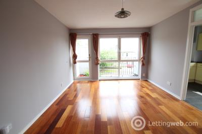 Property to rent in Southgate, Milngavie
