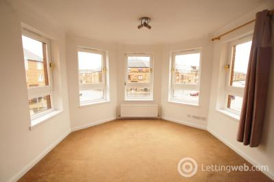 Property to rent in Queen Victoria Court, Glasgow, G14 9AX