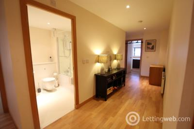 Property to rent in High Street, Glasgow, G1 1QN