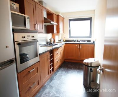 Property to rent in Clarkston Road, Glasgow, G44 3DN