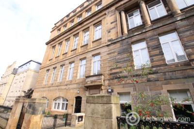 Property to rent in Cecil  Street, Glasgow, G12 8RL