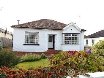 Property to rent in West Chapelton Avenue, Bearsden